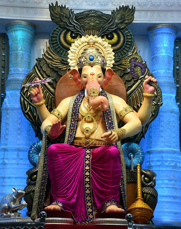 Mumbai: First look of Ganesh idol at Lalbaugcha Raja pandal ahead of Ganesh Chaturthi in Mumbai. (Photo: IANS)
